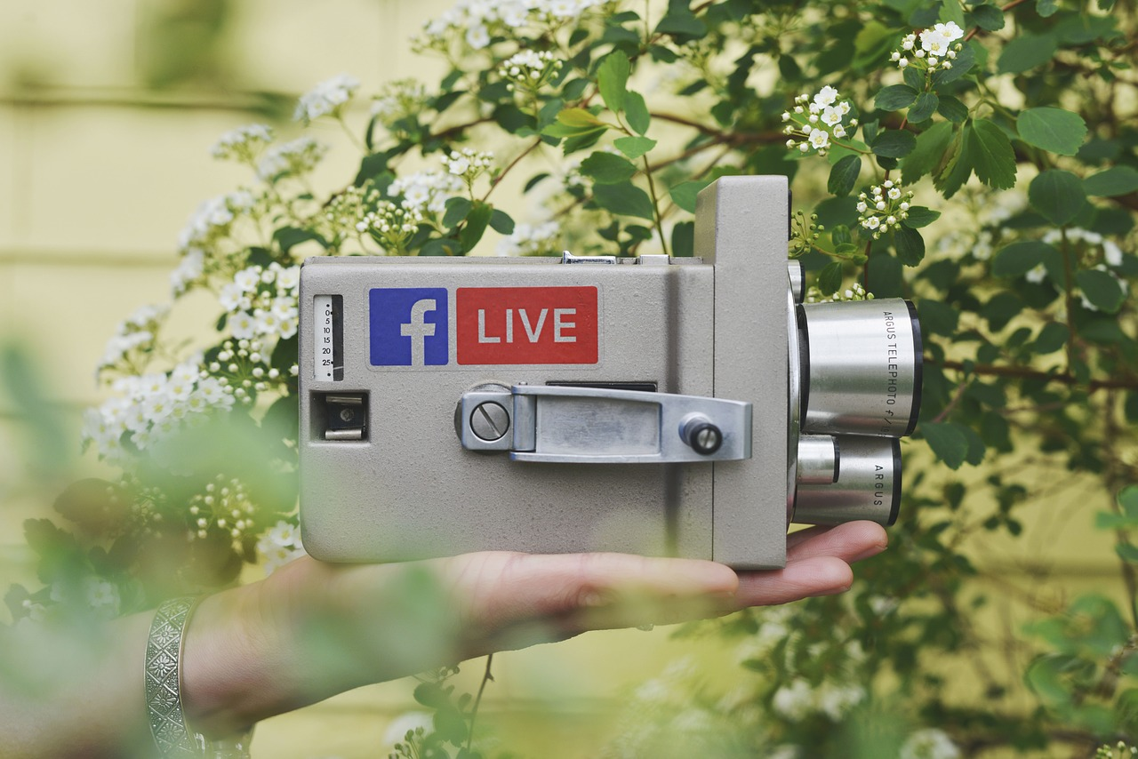 How to Use Facebook Live to Build Your Brand or Following